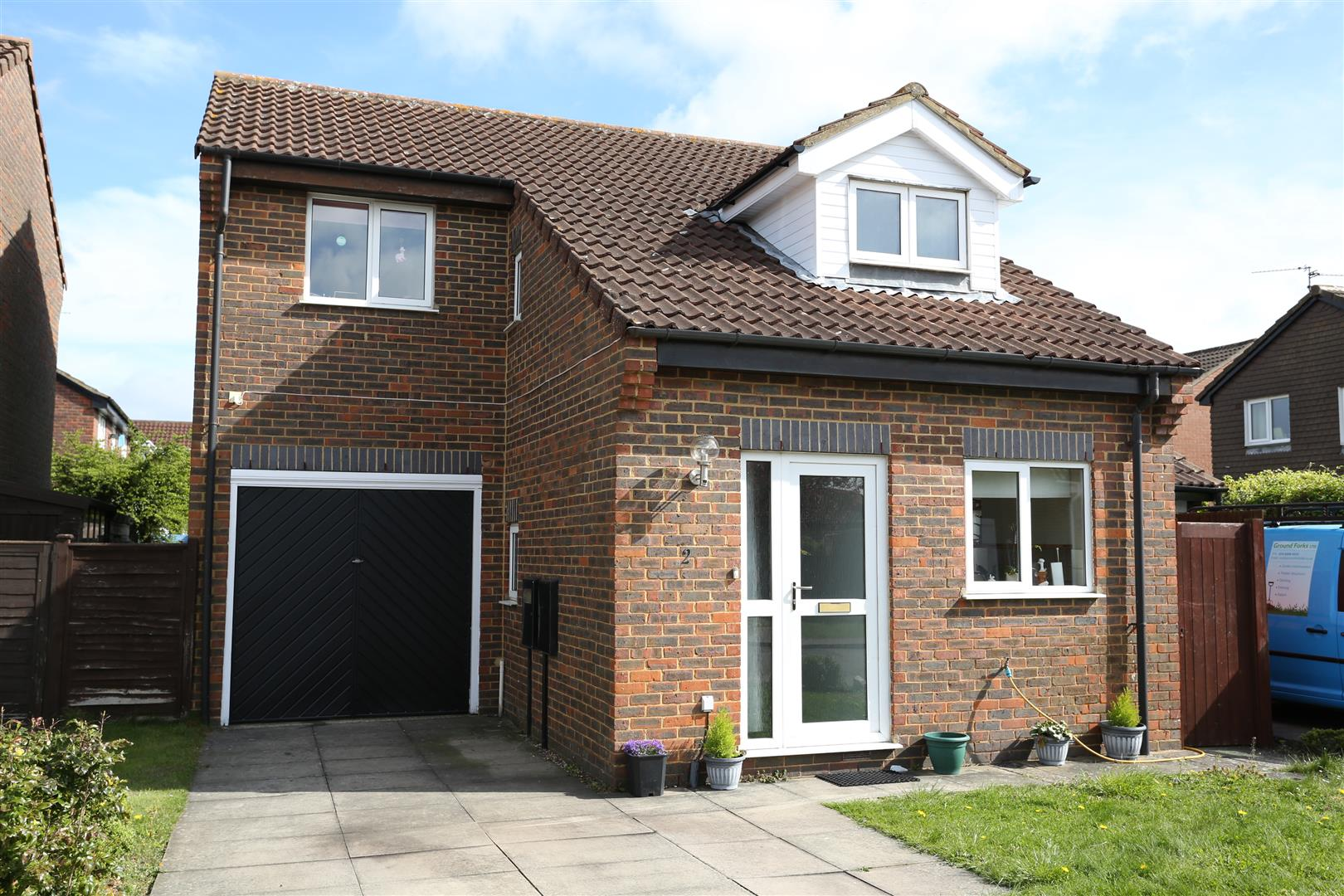3 Bedrooms Detached House for sale in Maple Drive, Wellingborough